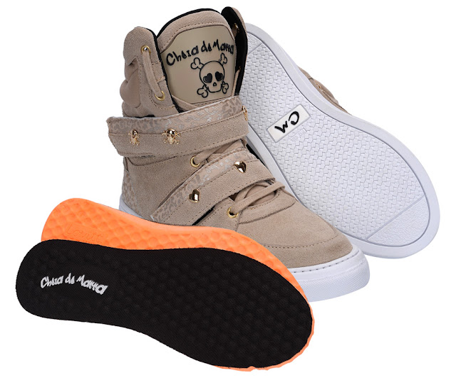Bota Botinha Sneaker Tenis de treino dourado