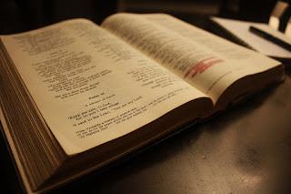 Bíblia - Falsos Milagres na Bíblia