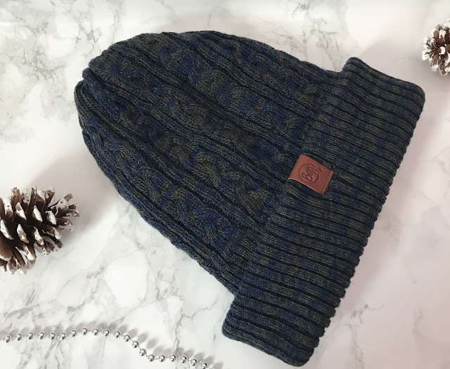 blue woollen knitted men's winter hat