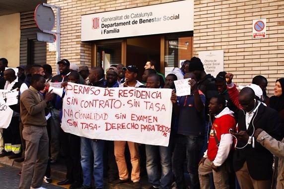 Sindicato de trabajadoras del hogar y de cuidado la lucha for Trabajos en barcelona sin papeles