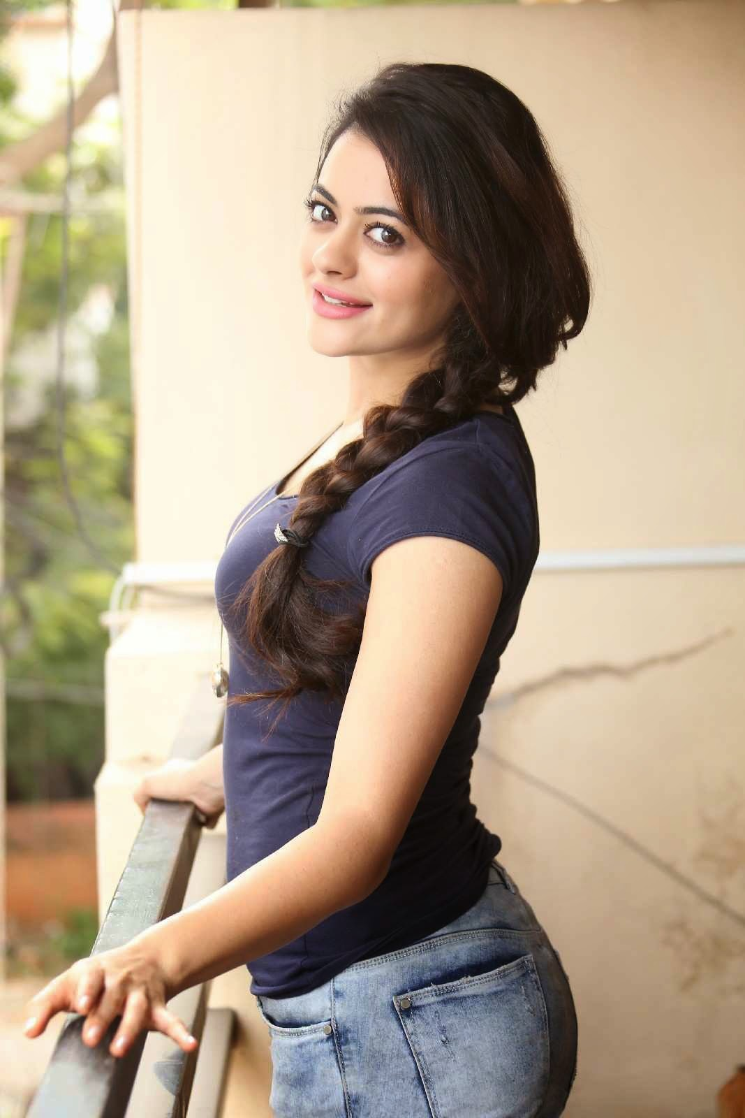 Shruthi Sodhi in Spicy Tight Purple T-Shirt and Denim Pants