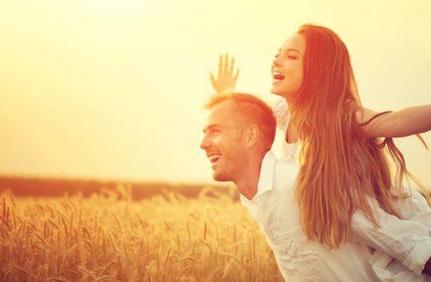 6 παράλογα πράγματα που συμβαίνουν στον εγκέφαλό σας όταν ερωτεύεστε