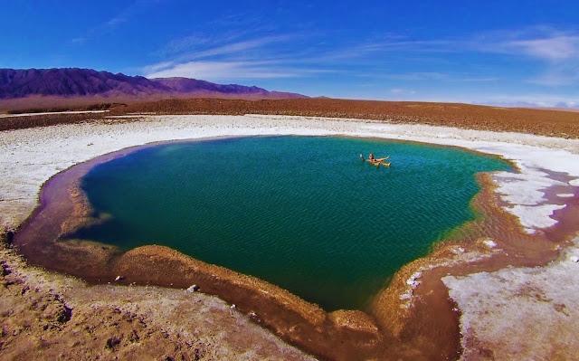 Uhuuuuuu flutuando nas Lagunas Escondidas - Atacama