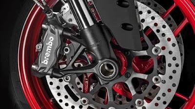2016 Ducati 959 Panigale Super Bike front disk breack