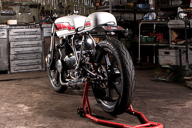yamaha-xs400-do-cafe-racer