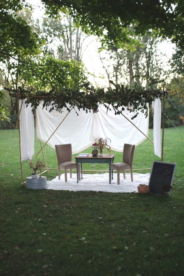 Simple bamboo and twine dwelling for Sukkot | Land of Honey