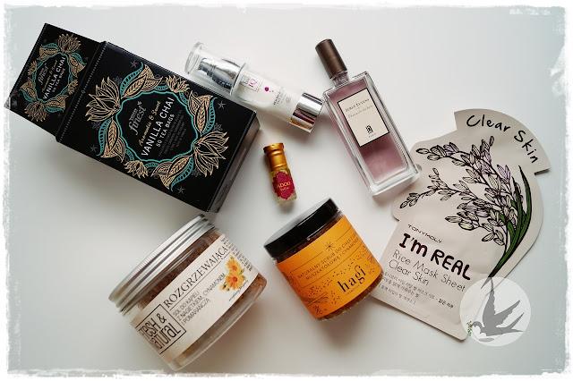 Rzeczy, które umilają jesienne dni: perfumy, maski, dodatki do kąpieli, herbata