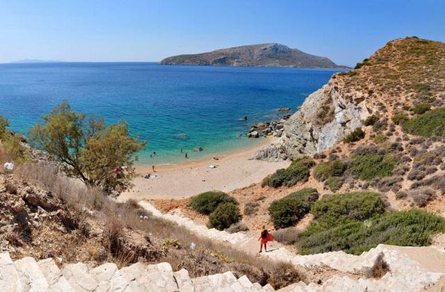 Praia Legrena, Atenas