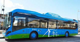 Dancer, l'autobús elèctric que funciona amb energia eòlica