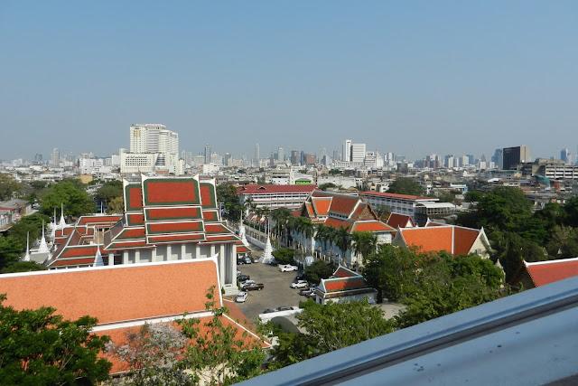 Widok na Bangkok ze Złotej Góry