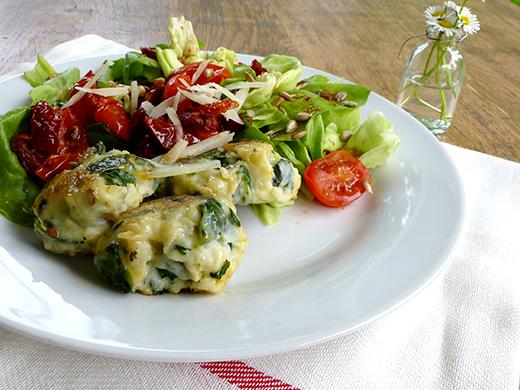 Spinat-Ricotta-Nocken, Minze, getrocknete Tomaten, Rezept, Foodblog, Holunderweg18