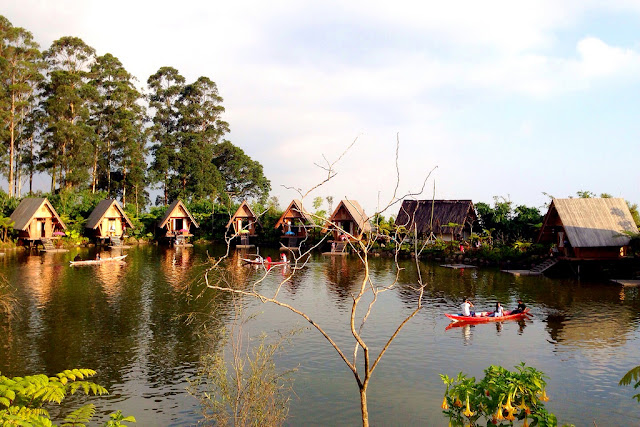 tempat wisata dusun bambu di bandung barat