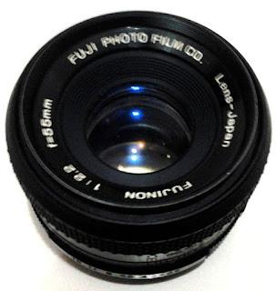 Lensa Fujinon 55mm f/2.2