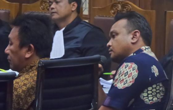 Keterangan Setya Novanto Dibantah Sendiri oleh Keponakannya
