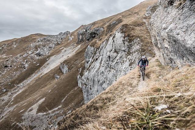 MTB Streichkopf 2243 m.ü.A. - Mountainbike Tour Spätherbst Tour im Rofan Wiesing Achensee