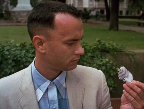 Forrest Gump (Tom Hanks) y la pluma - Cine de Escritor
