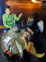 Selling Sea Food at Anawrahta Road right on the pavement