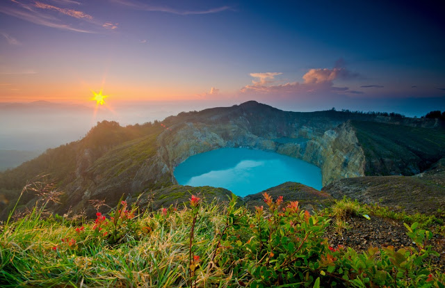 Top Colorful Lakes On Earth