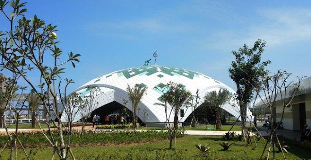 Indahnya Masjid Al Akbar di Bandara Internasional Yogyakarta