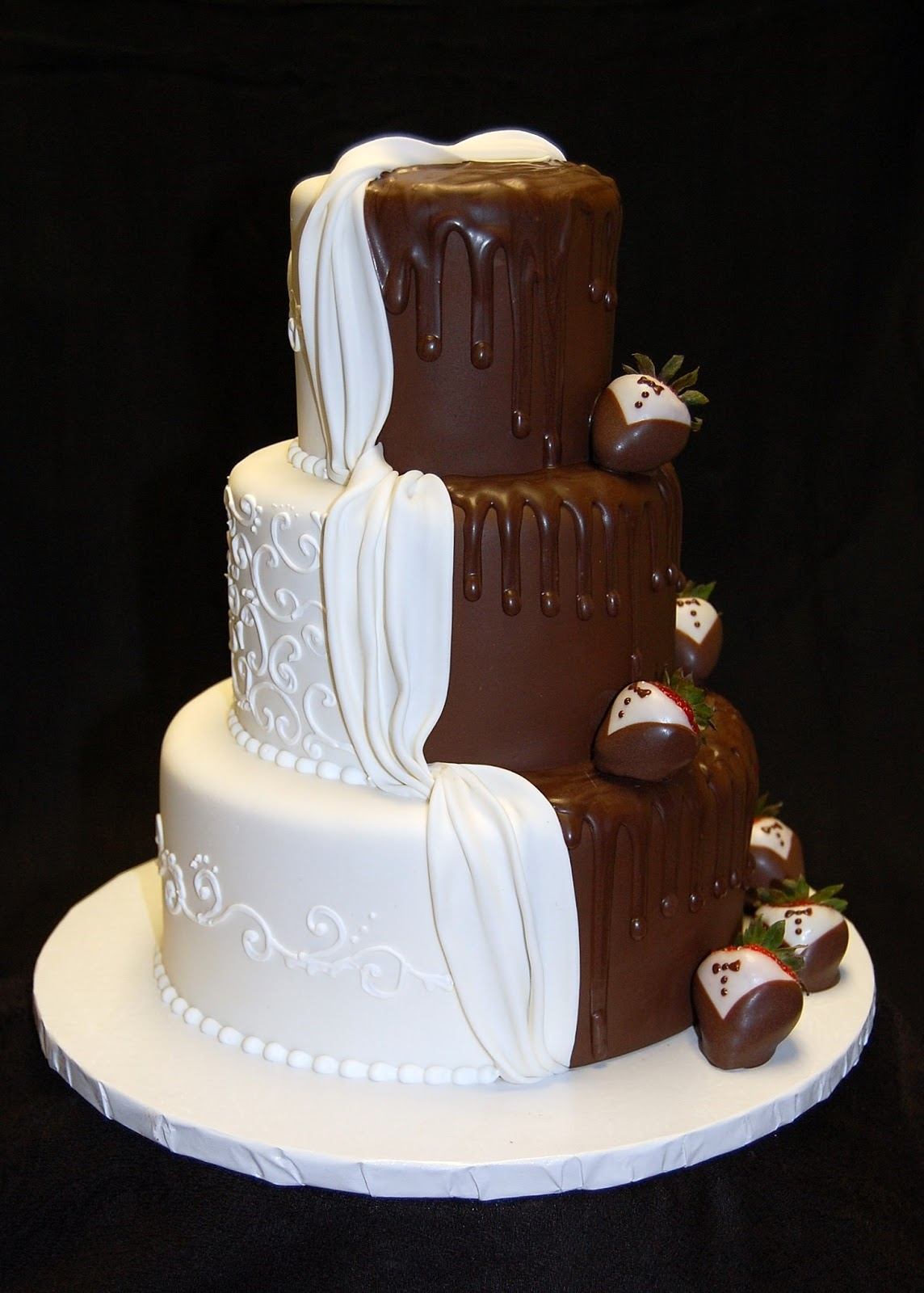 "Drea's Dessert Factory: ""His And Hers"" Wedding Cake"