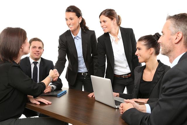 Einige-Grundlagen-der-erfolgreichen-Geschäftstreffen
