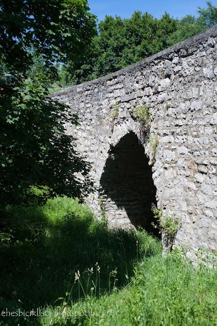 A barokk kőhíd kisdörgicse közelében a Balatonfelvidéken