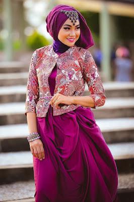 Foto Cewek Model  hijab 2 warna untuk pesta