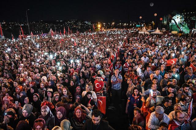 الأتراك يرفضون رؤية أردوغان وحالة إستنزاف للمال والمواهب نحو الهاوية
