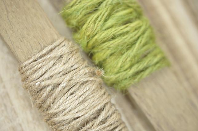 Ynas Design Blog, DIY, Holzspulen für alte Bänder und Kordeln