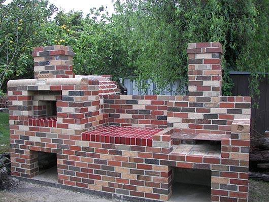 Brick Box Image: Outdoor Brick Grill
