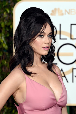 Katy Perry Pictures, Latest Hot HD Images & Wallpapers