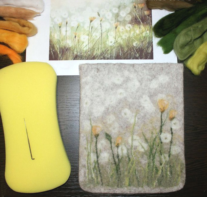 Case for tablet - felting from wool - tutorial