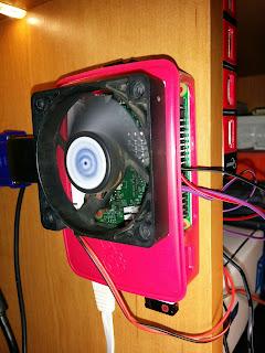 http://www.sast.in.ua/2016/09/raspberry-pi3-gpio-node-red-mqtt-2-relay.html