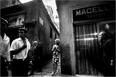 http://kvetchlandia.tumblr.com/post/152848534178/bruno-barbey-genoa-italy-1962