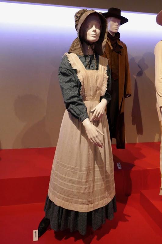 Zoe Kazan Ballad of Buster Scruggs Alice costume
