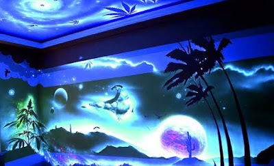 Glowing wallpaper glow in the dark wall murals and stickers