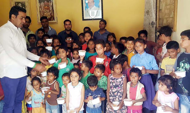Inelaw leader Ajay Bhadana celebrates birthday of former MP with poor children