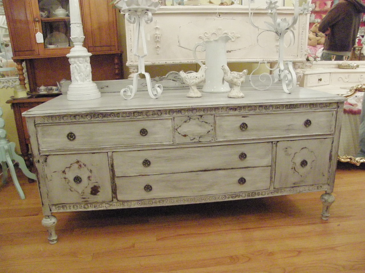 Vintage chic furniture schenectady ny fab furniture i for Used antique furniture