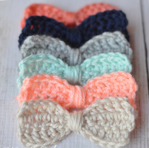 Cute Crochet Bows - Free Pattern