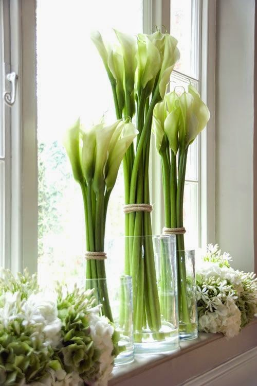 Expert Interior Design Stylist Simple White Flower Arrangements