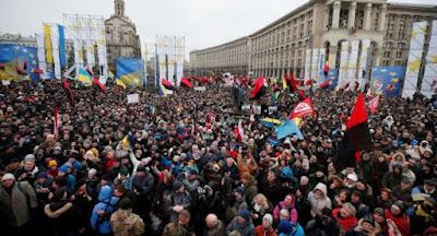 У Києві відбувся багатотисячний марш за імпічмент Порошенка