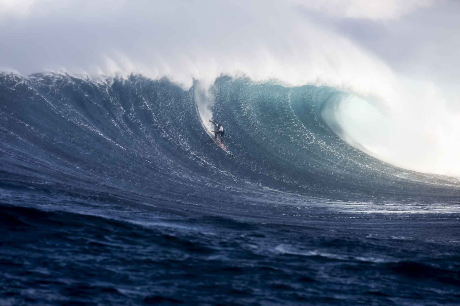Highlights from an epic day at the cbdMD Jaws Big Wave Championships