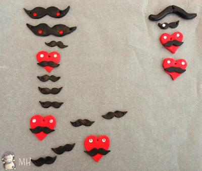 Colgantes moustache
