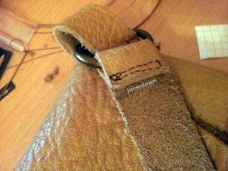 couture de la lanière du sac