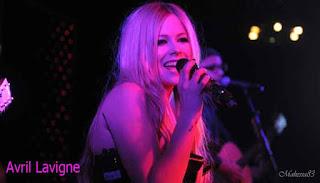 Avril Lavigne Pulih Dari Penyakit Lyme Disease