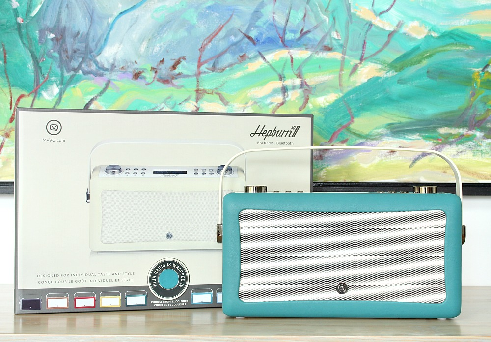 VQ Hepburn MK II: A Bluetooth Radio with Vintage Vibes