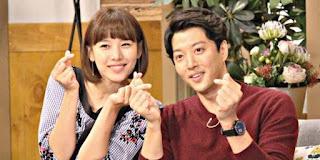 Lee Dong-Gun dan Jo Yoon-Hee Blakblakan tentang Ciuman Pertama Mereka