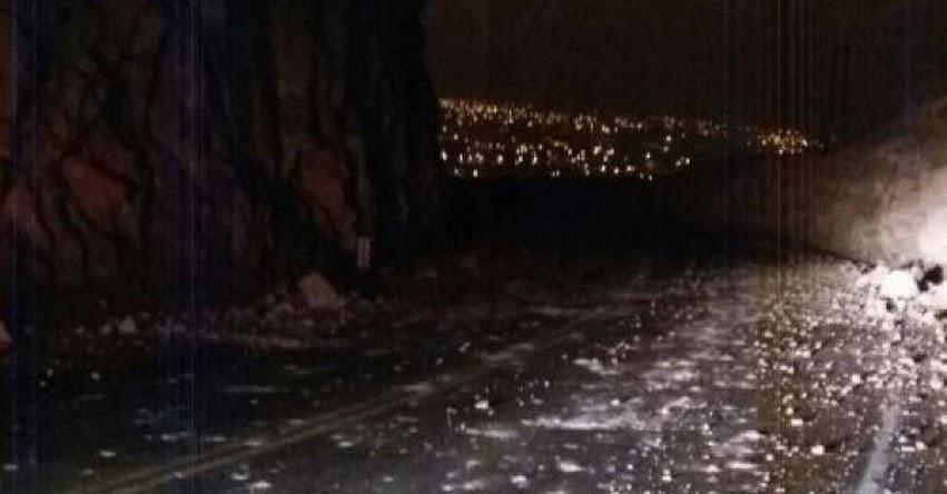 Suspenden tránsito en carretera a Yura - Arequipa, tras sismo de magnitud 4.5 y 5.8