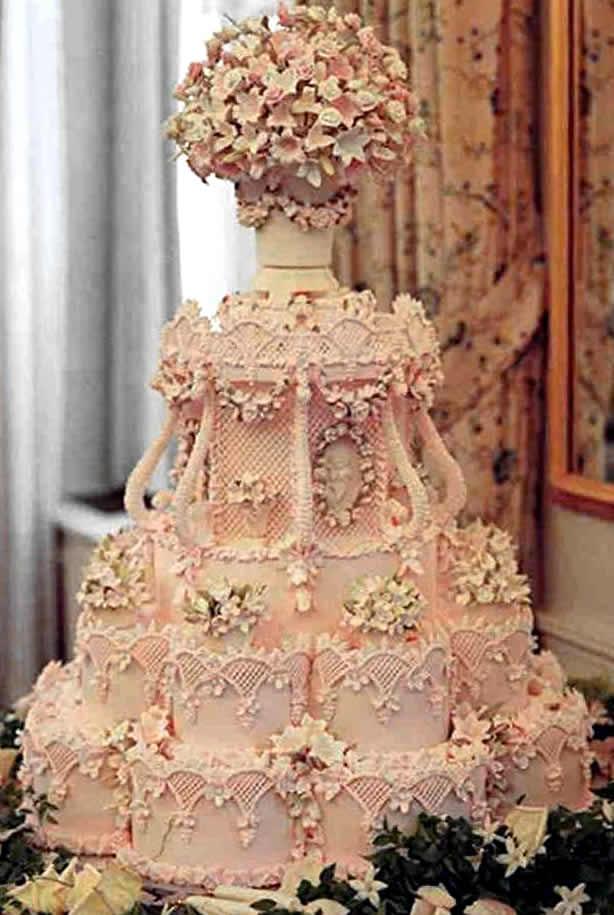 Cake Designer Called The Queen Of Cake