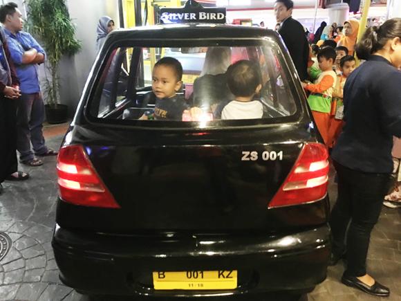 taksi mini kidzania